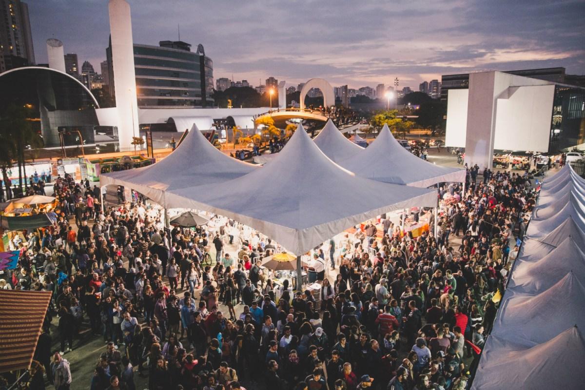 Festival triplo de delícias: bacon + comida alemã + cerveja artesanal no Memorial da América Latina