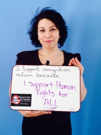 """Roxanne Atty, Institute for Policy Studies. """"Estoy ayunando porque apoyo los DERECHOS HUMANOS para todos."""""""