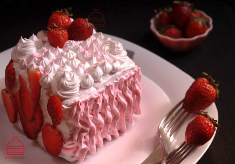 Strawberry Cream Cake Dessert Recipe