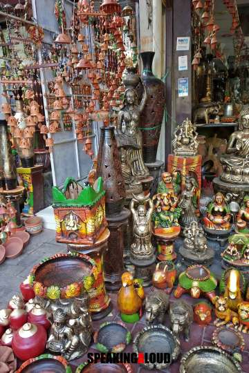 Ceramic & Pottery Market in Delhi