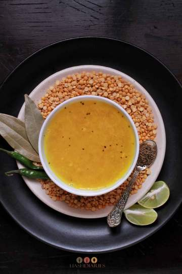 Motor Dal Recipe - Bengali Split Pea Dal Recipe
