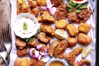 Indian Pakoras Recipe Vegetable Onion Paneer
