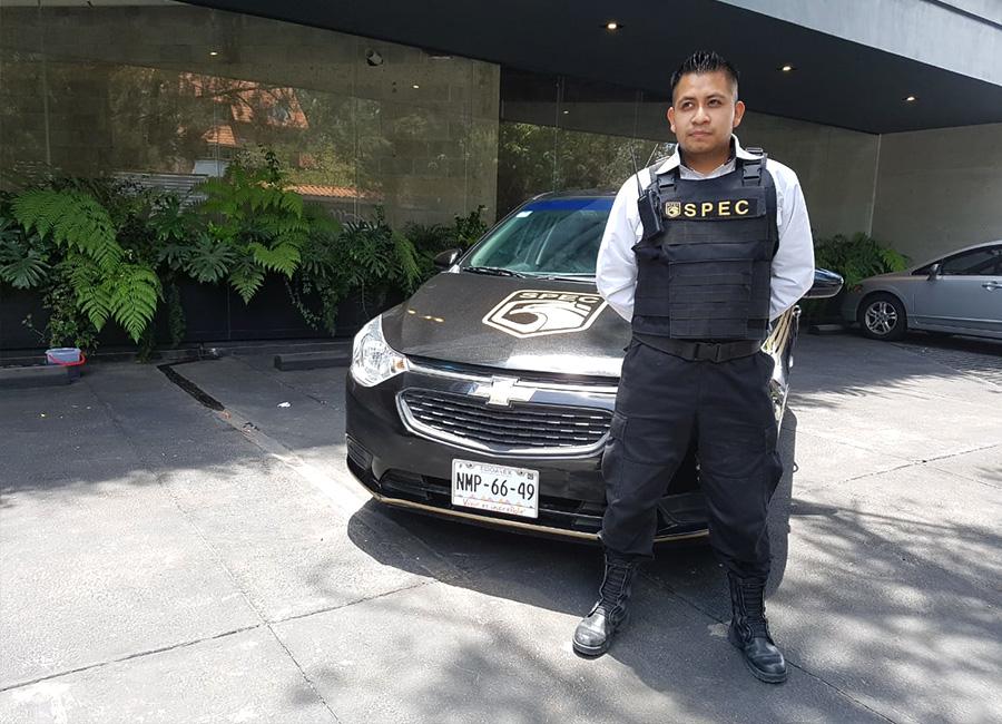 SPEC Security Oficial de Seguridad Armado