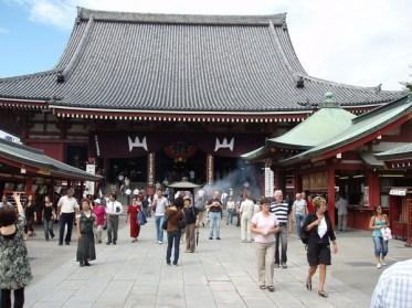 Besök vid Asakusa Kannon Temple.