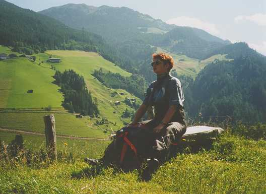 En paus för att njuta av naturen någonstans i Österrike