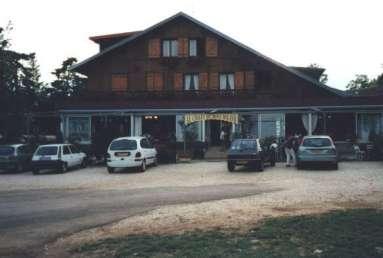 Hotell strax utanför Dole i Frankrike