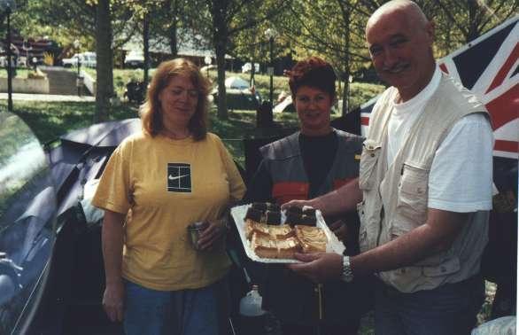 Wim från Holland firade sin födelsedag och bjöd på kaka