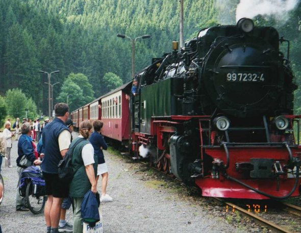 """En dag åkte vi tåget från Alexisbad upp och ner genom Harzbergen till Brocken och tillbaka. En """"upplevelse"""" för oss som åkte och en dröm för er som inte har åkt! Bilden insänd av Olle Anselius"""