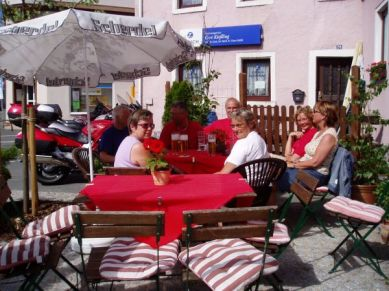 Framme i Selbitz efter en dagstur smakade ölen gott.