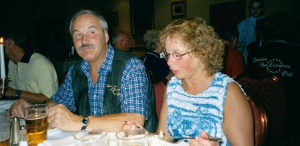 Klubbens ordförande Lars och vice sekreterare Marianne.
