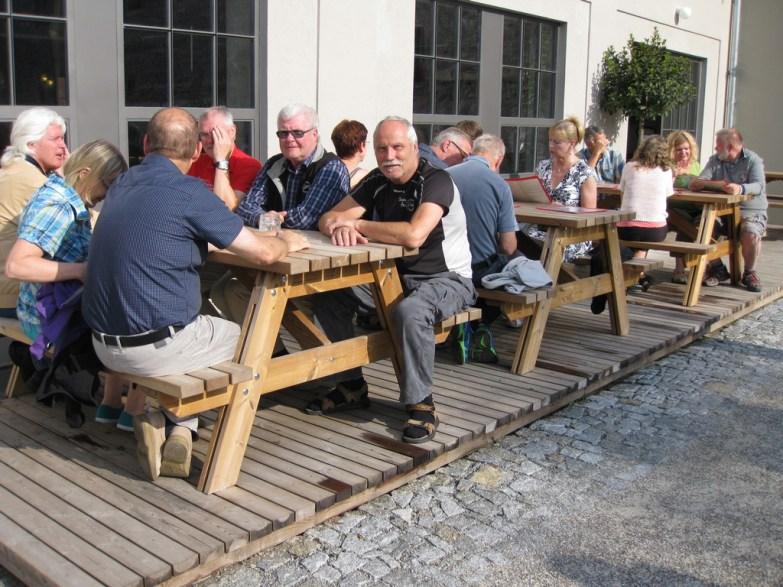 Besök på alldeles nyöppnade Depo Pub in Český Krumlov