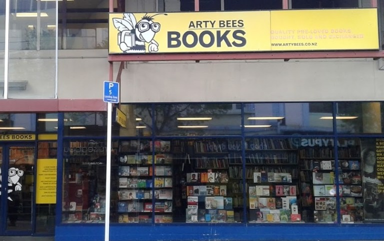 ArtyBees Books and SpecFicNZ announce collaborative event