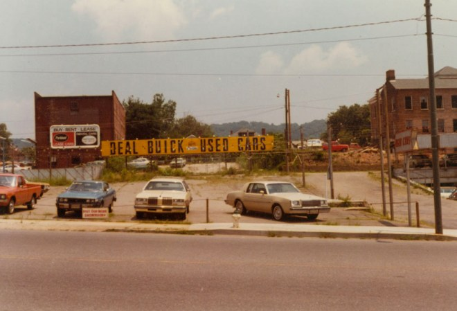 MS184.003C Coxe Ave.