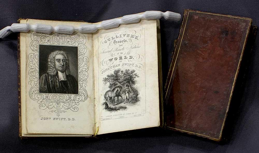 Gulliver's Travels miniature books