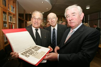 Reception in honour of Dr Tiede Herrema at UL's Special Collections and Archives department, 18 November 2005