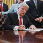 Trump estende lo stato di emergenza sui beni libici in America un altro anno