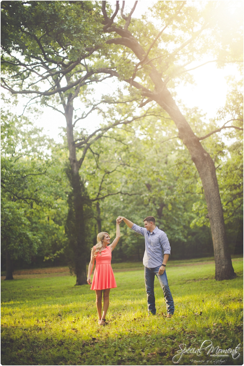 Memories of a LifetimeSarah  Travis  fort smith arkansas engagement photography