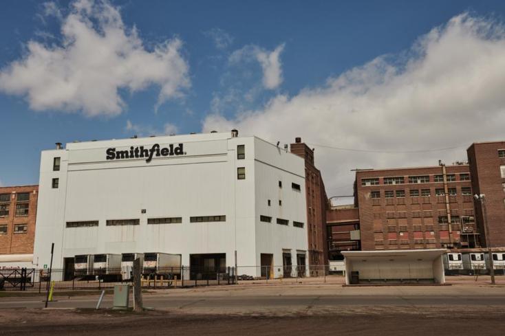 Covid-19 outbreak closed Smithfield pork plant in South Dakota.