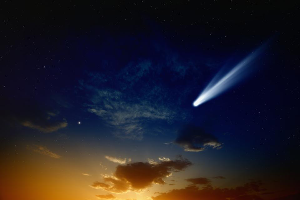 A Bright Comet With A Tail Could Adorn Twilight Just As The ...