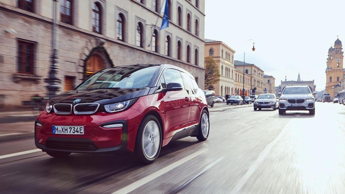 960x0 - Trade Tension Batters European Carmakers