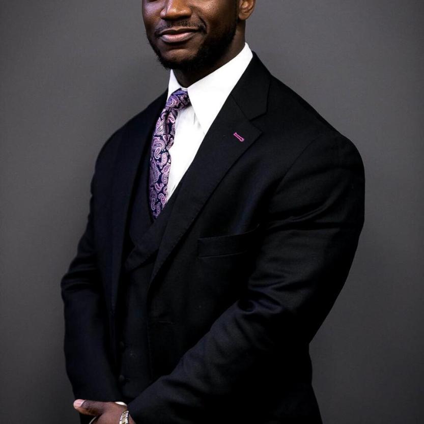 Dr Tunde Okewale