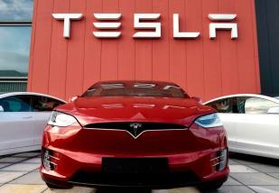 Tesla's Brand Believers
