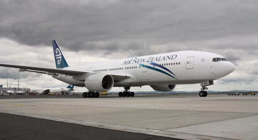 Boeing 777 de New Air New Zealand aterrizando en el aeropuerto de Auckland por primera vez Fotografía de Brendon O'Hagan Autor: BRENDON O y quot; HAGAN Título: Fotógrafo: Brendon O'Hagan / Bloomberg News Categoría: FCity: AUCKLAND Estado / Provincia: Auckland País: NUEVA ZELANDA Crédito: BLOOMBERG NOTICIAS