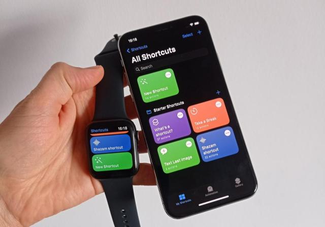 A photo of the Apple Watch.