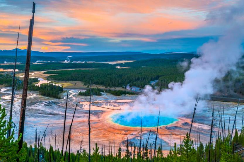 Grand Prismatic Geyser Yellowstone National Park top ranked United States