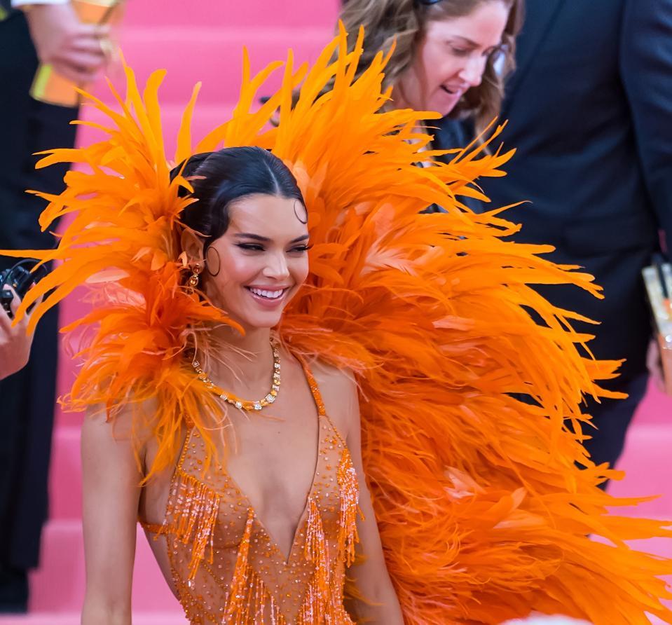 Camp de célébration du gala du Met 2019: notes sur la mode - Street Sightings