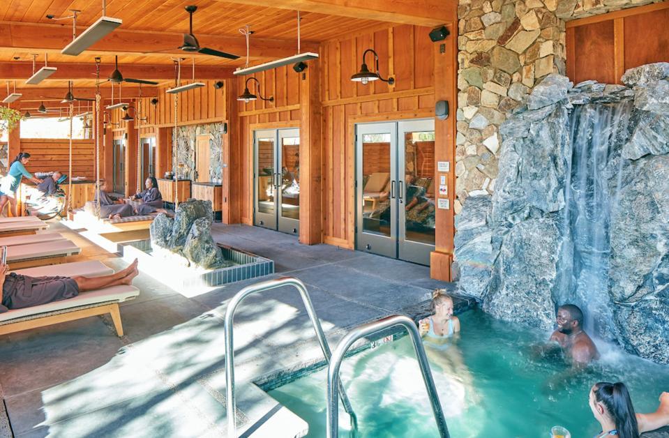 Rush Creek Spa interior