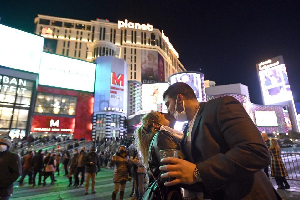 Virus Outbreak Vegas Toll