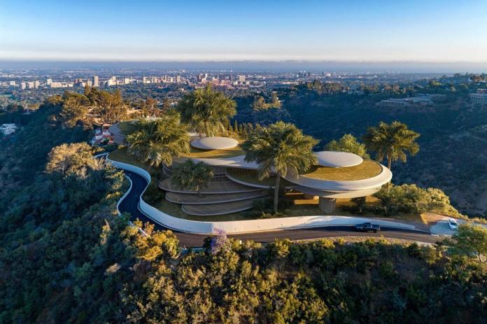 hilltop futuristic  enchanted hill paul allen concept rendering russian architect nerovnya