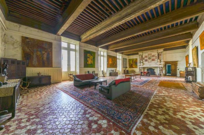 Baronnial salon terracotta floors in a French chateau medieval chateau