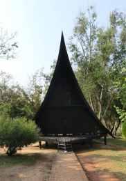 Visiter Chiang Rai – Maison noire 4-min