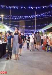 Visiter Neon Market à Bangkok – Marché de nuit 13-min