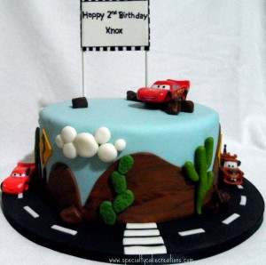 Cars and Tow Mater Cake