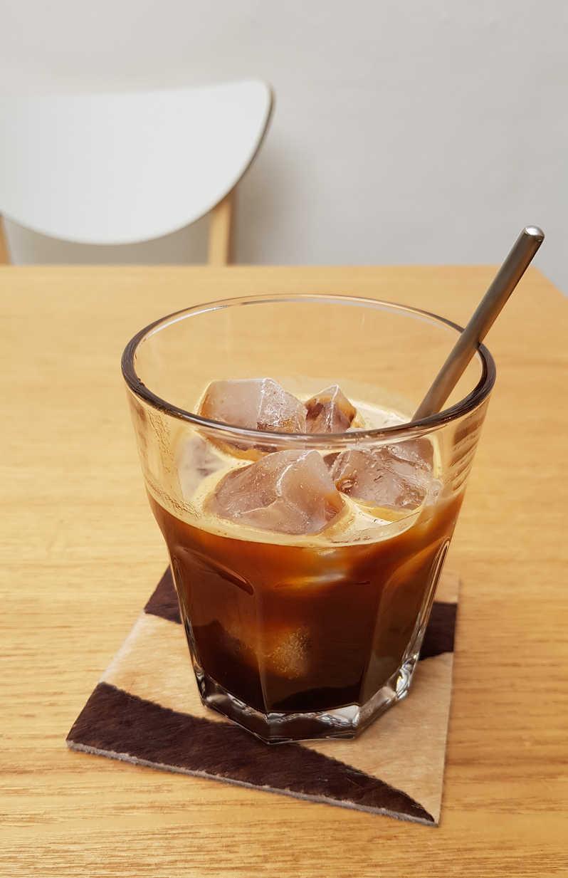 藝術與咖啡與心靈的交流地-Strange Brew Coffee Roaster 怪咖啡-店內環境2