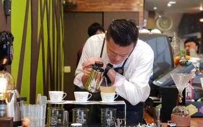 一個無負擔、轉換心情的休息站 BarDoorCoffee八豆咖啡館 