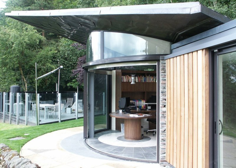 Balcony Systems creates complex curves in 'picture-perfect' studio