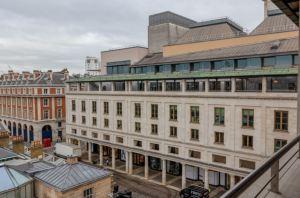 Kebony proves instrumental to Royal Opera House renovation 1