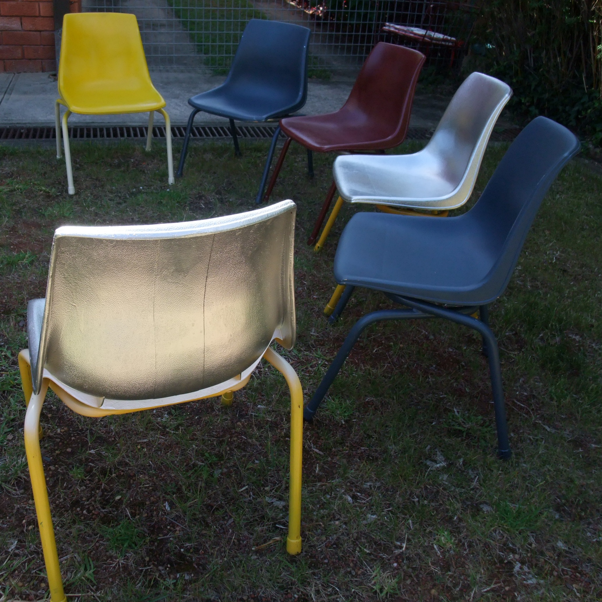 how to paint plastic chairs kitchen table and chair sets argos sebel stak a bye 3 coated i