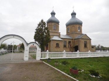 На Радивилівщині зловмисники обікрали храм (ФОТО)