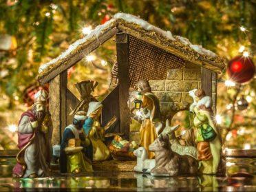 У Сарнах вітали з Різдвом відеоколядкою (ВІДЕО+ ТЕКСТ)