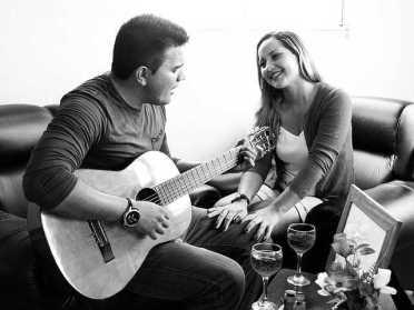 Жителі Сарненщини на карантині співають вдома
