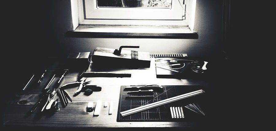 slice designer desk good bad design ideas