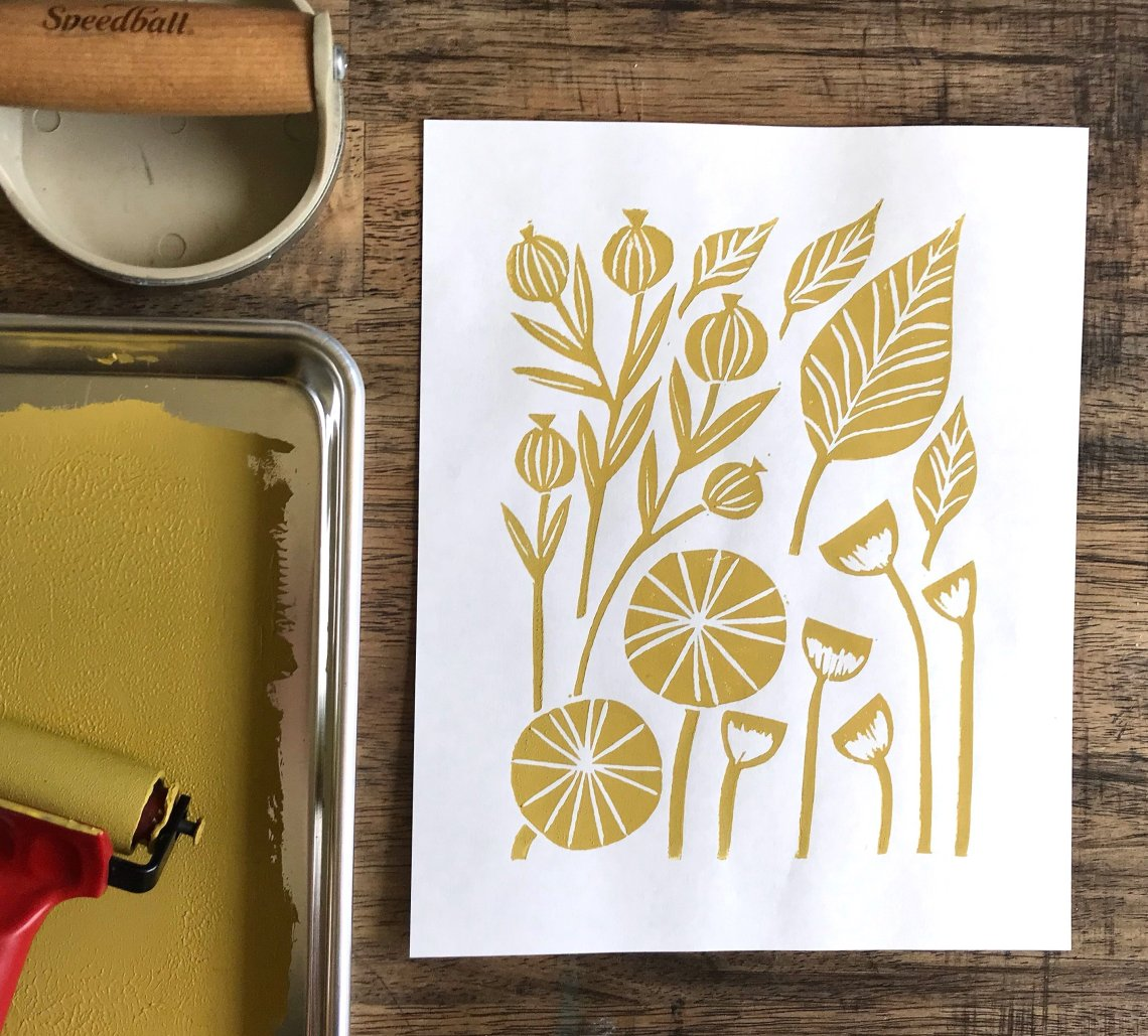 Interview with Printmaker Cassie Byington | #printmaking #linocuts #botanicalart #apartmenttherapy