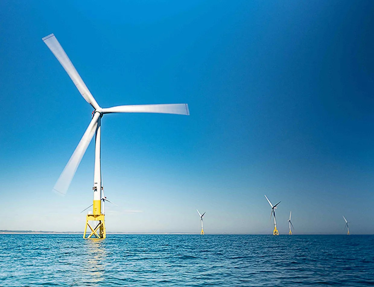hight resolution of the troubled quest for the superconducting wind turbine