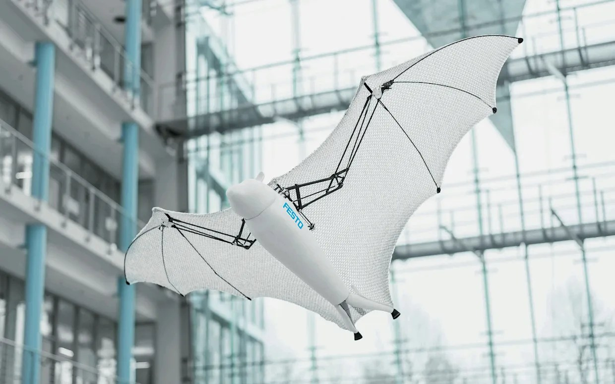 hight resolution of festo bionic megabat robot