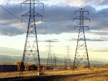 It's Time to Tie the U.S. Electric Grid Together, Says NREL Study